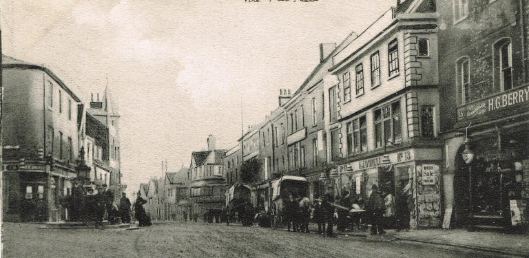 High Street in 1908 (Andy Lawrence)