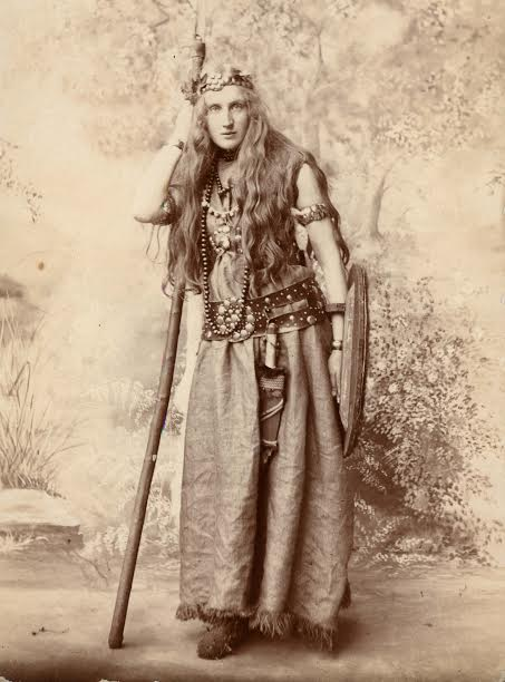 One of Boudica's 'wild women' at the 1907 Pageant.  | St Albans Museums